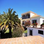 SEA VIEW PROPERTY IN COSTA DEL SOL -  FOR RESIDENCE AND INVESTMENT