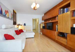 Completely renovated, bright 3½-room apartment in Ljubljana