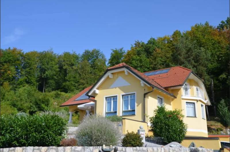 Family House With Garden In Celje