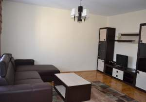 I have for rent, 3 rooms, for 3 students, 3 minutes from UMF Iasi, Romania