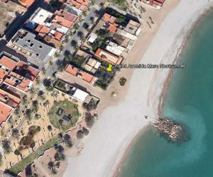 CHALET IN FIRST LINE OF MEDITERRANEAN BEACH (VALENCIAN COMUNITY SPAIN)