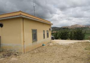 Panoramic House and land in Sicily - Caruso Zona Campo Sportivo